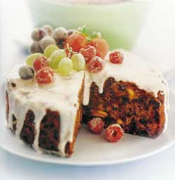 Healthy christmas cake with frosted fruit christmas is definitely the time for glorious excess and while healthy eating should be part of everyday life you cant deny yourself the good things forumfinder Image collections